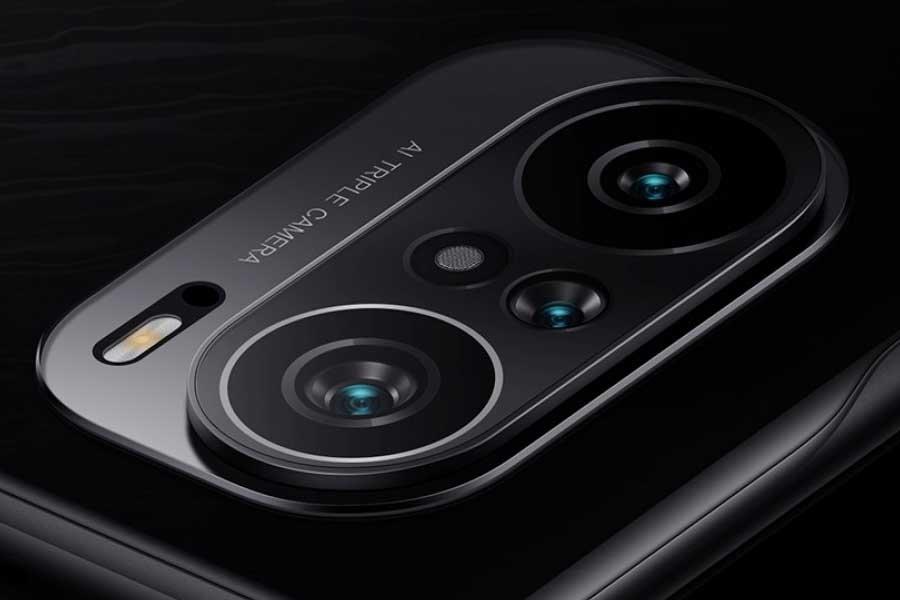 POCO F3 camera bump
